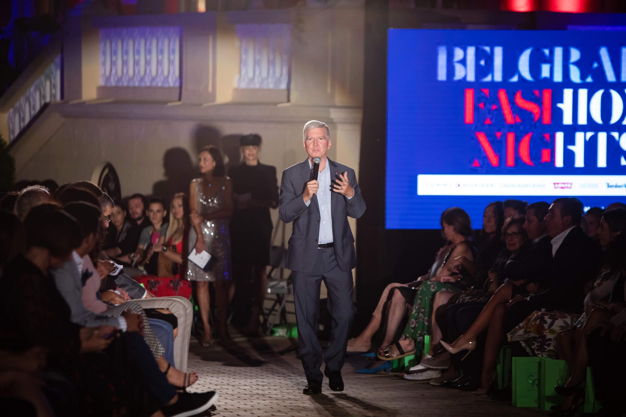 ambasador kajli skat moda amerika