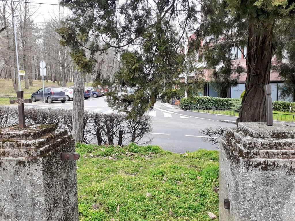ograda nemacko groblje kosutnjak